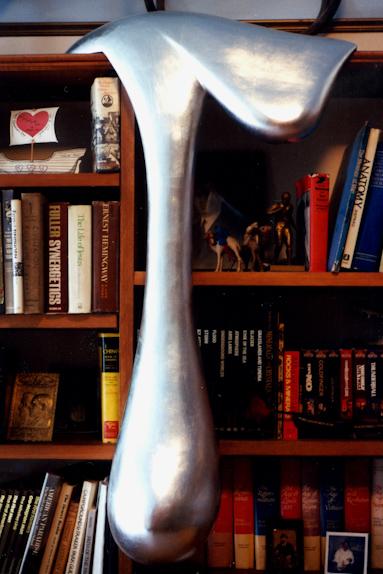 Drips mark ravitz art design for Couchtisch design inside art aluminium splendeur